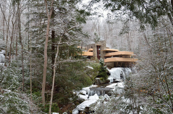 architectural masterpiece Fallingwater